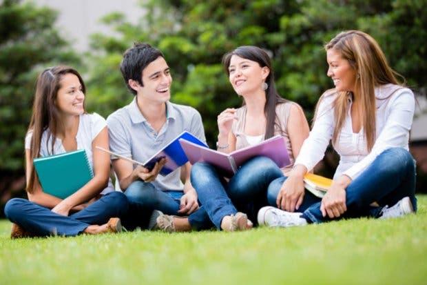 Feria dará a conocer oferta académica de más de 70 universidades extranjeras