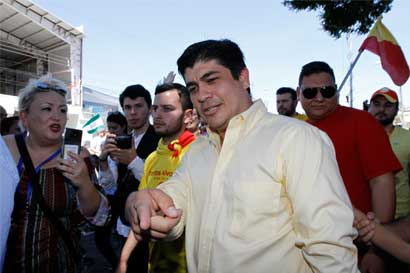 """Carlos Alvarado: """"Devaluar el colón no es la ruta correcta"""""""