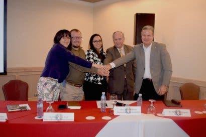 Uccaep se comprometió en buscar soluciones para el desempleo juvenil