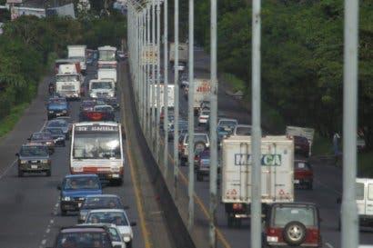 Paso entre el INVU las Cañas y San José estará cerrado mañana.