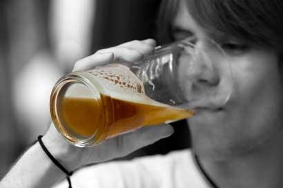 Calculadora le permite conocer impacto de alcohol en el cuerpo