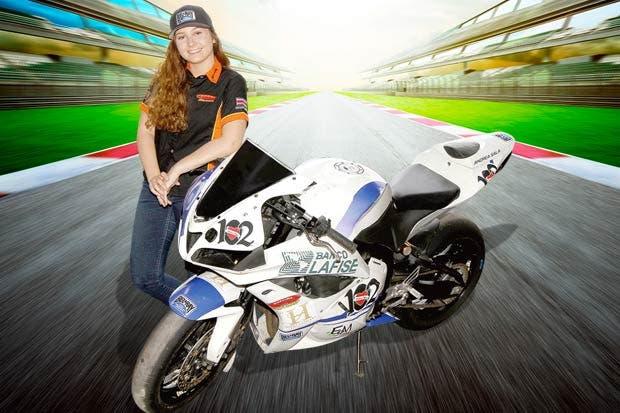 Piloto tica participará en el Mundial de Motos en México