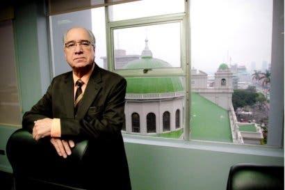 """Presidente del Banco Popular: """"Nosotros hemos hecho denuncias por el caso del cementazo"""""""
