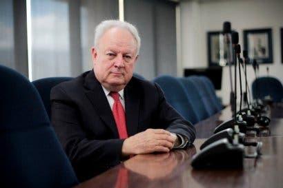 Uccaep y Cámara de Industrias cuestionan proyecto fiscal por leve recorte al gasto