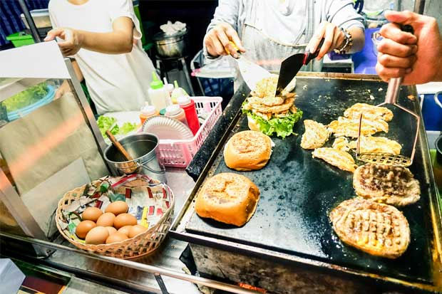 Ventas ambulantes de alimentos están más cerca de ser reglamentadas