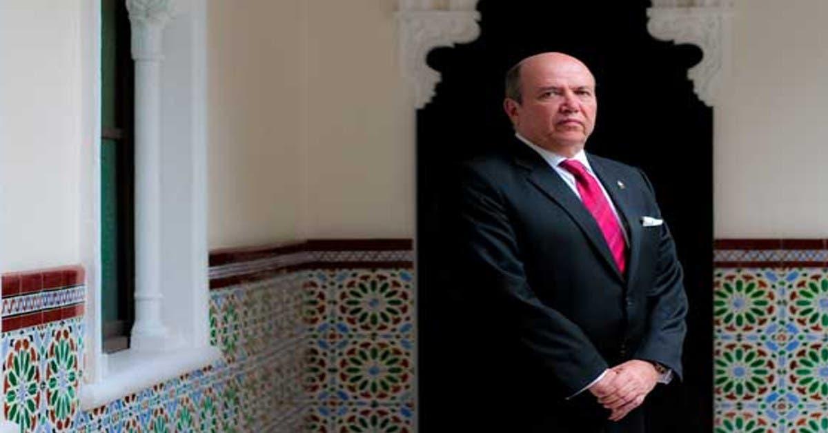 Rafael Ortiz expresa su apoyo a Carlos Alvarado