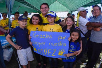 Fabricio Alvarado busca votos este sábado en cantones alajuelenses