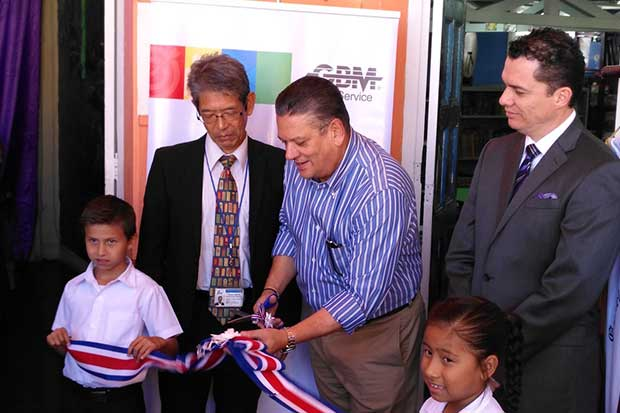 GBM dona laboratorio de cómputo a escuela Juan Mora Porras