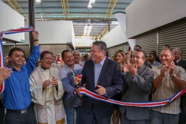 Nuevo Mercado Municipal de Artesanías abrió sus puertas