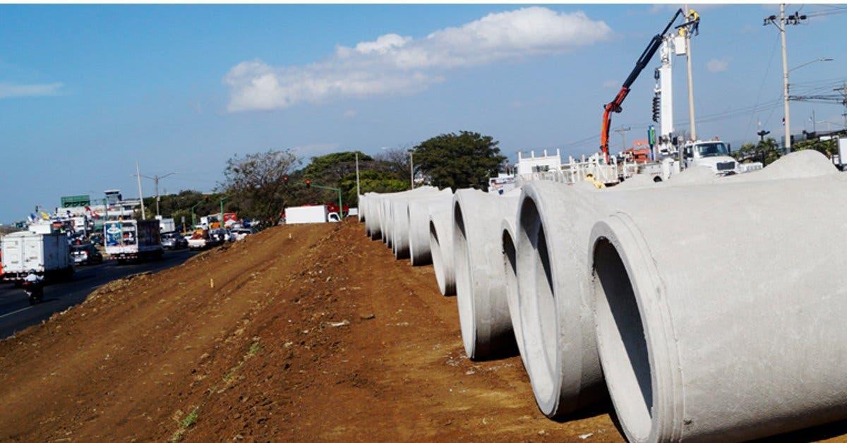 Colocación de tubos en cruce de aeropuerto se hará de madrugada