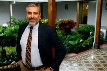 Otto Guevara se pone a disposición de Fabricio Alvarado