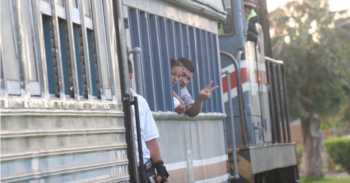 Incofer inicia trámites para comprar diez unidades de trenes