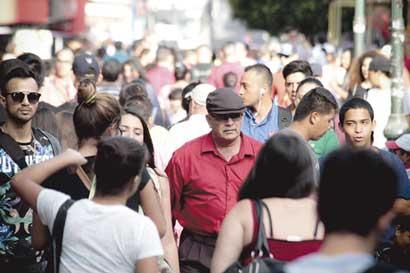 Indecisos tienen la última palabra en carrera electoral
