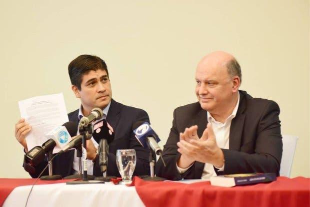 """Garnier: """"Acuerdo Alvarado-Piza no pone en peligro educación sexual, el fanatismo sí"""""""