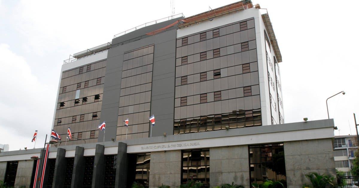 Banco Central alega transparencia en contratación de hermana de Carlos Alvarado