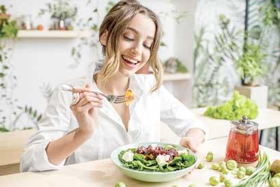 Cinco recomendaciones para que coma saludable esta Semana Santa