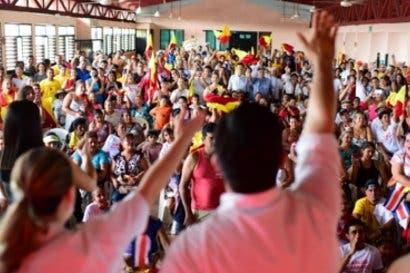 Atraso en plan de gobierno de Fabricio Alvarado genera polémica en último debate