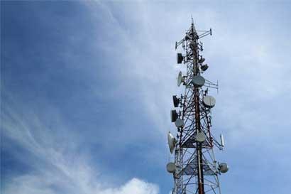 Telecomunicaciones refuerzan turismo y comercio en Península de Osa