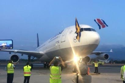 Lufthansa aterriza en Costa Rica por primera vez