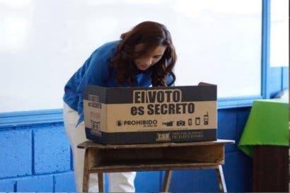 Laura Moscoa: Hoy elegimos el futuro del país