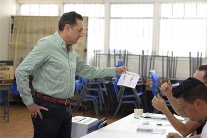 Excandidato de Liberación Nacional llama a votar libremente