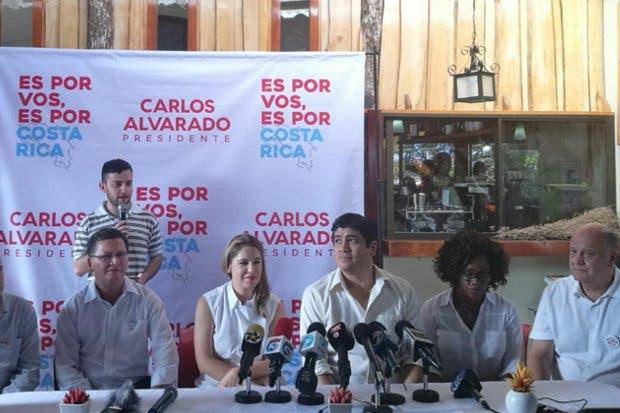 """Carlos Alvarado: """"Gracias a la coalición reforzamos Guanacaste, Guápiles y Puntarenas"""""""