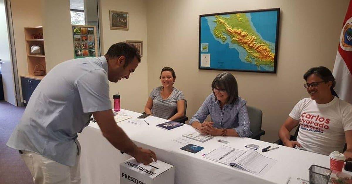 Las urnas cerraron tras una movida segunda ronda electoral