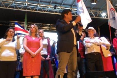 Mandatarios del mundo felicitan a Carlos Alvarado por triunfo electoral