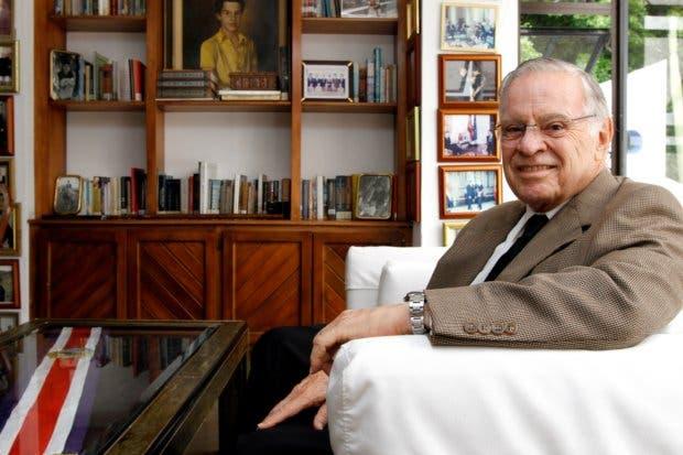 Expresidente Rodríguez pide respaldo para gobierno de unidad de Carlos Alvarado