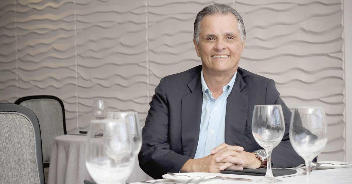 Mejorar seguridad y nuevo aeropuerto deben ser prioritarios para Carlos Alvarado