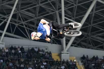 Tico competirá en Mundial de BMX a un kilómetro de donde cayó la bomba atómica en Hiroshima