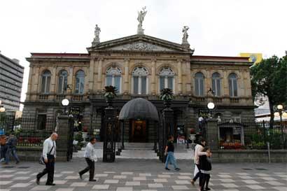 Teatro Nacional es declarado símbolo nacional