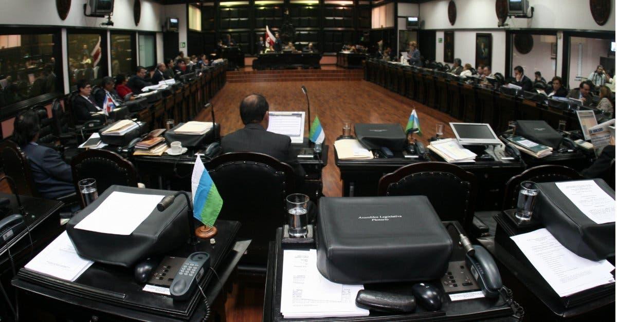 Diputados tienen poca fe de aprobar nuevos impuestos antes de dejar el cargo