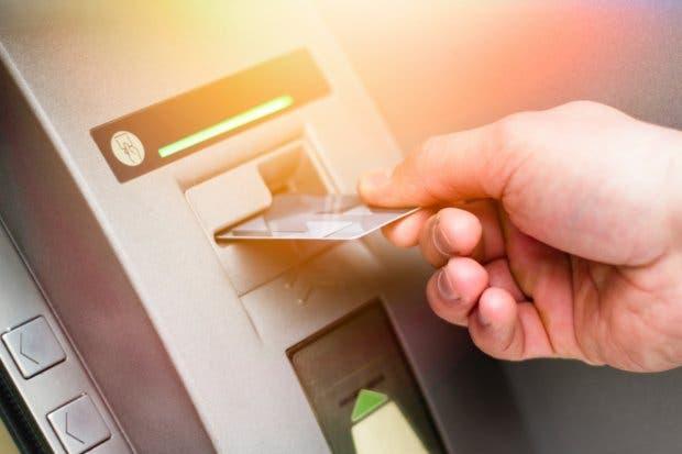 Seis millones de tarjetas de débito circulan en Costa Rica