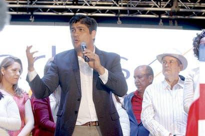 Carlos Alvarado: Construcción del tren eléctrico iniciará en el 2021