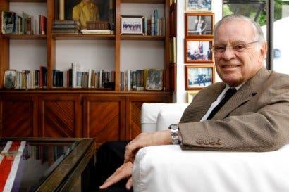 Expresidentes costarricenses piden desconocer elecciones en Venezuela