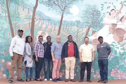 Costa Rica colabora con África sobre su cadena de valor