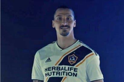 Zlatan será la imagen de Visa en su campaña mundialista