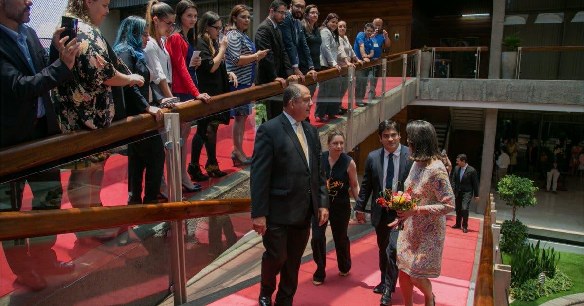 """Luis Guillermo Solís: """"Estoy seguro que el nuevo gobierno será mejor que el mío"""""""
