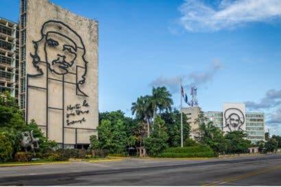 Parlamento cubano propone a Miguel Díaz-Canel como nuevo presidente