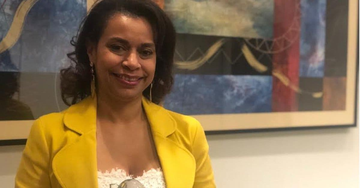 Embajadora costarricense Elayne Whyte recibió premio de Persona del Año en control de armas
