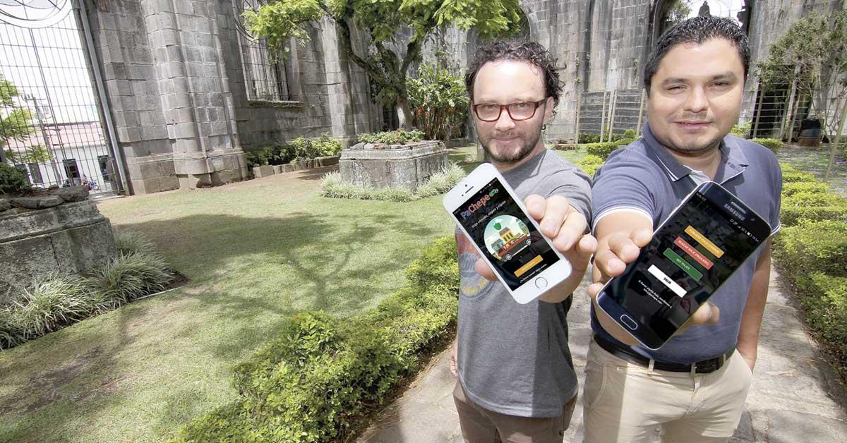 """Amigos crearon app que impulsa el """"carpooling"""" en Costa Rica"""