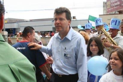 """Wálter Muñoz: """"Gobiernos solo piden prestado o impuestos, pero no ordenan la casa"""""""