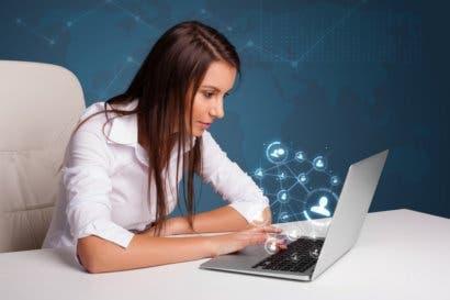 Trabajadores requieren competencias digitales para adaptarse al mercado laboral actual