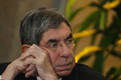 Óscar Arias califica a gobierno de Daniel Ortega de autoritario