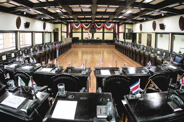 Diputados salientes aprobaron menos leyes que sus predecesores
