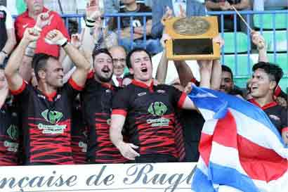 Coronadeño es el primer tico en ganar un campeonato de Rugby en Europa