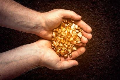 LA MACHACA El oro de Crucitas, calculado en 80.000 onzas, ya no es tico, ahora es nica.