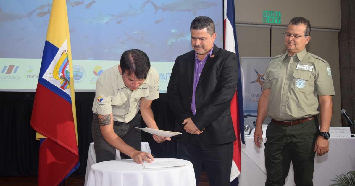 Islas Galápagos e Isla del Coco estarán unidas por convenio