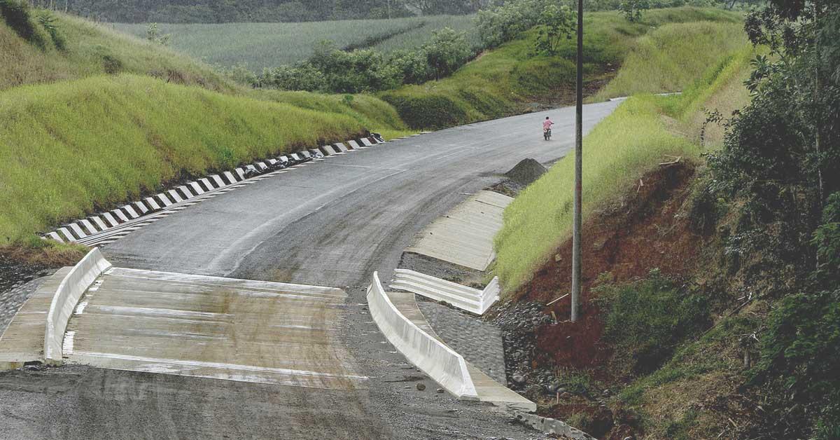 Alto costo de nueva carretera a San Carlos será investigado